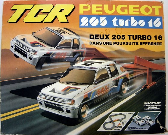 Circuit TCR Peugeot_205_turbo16_r